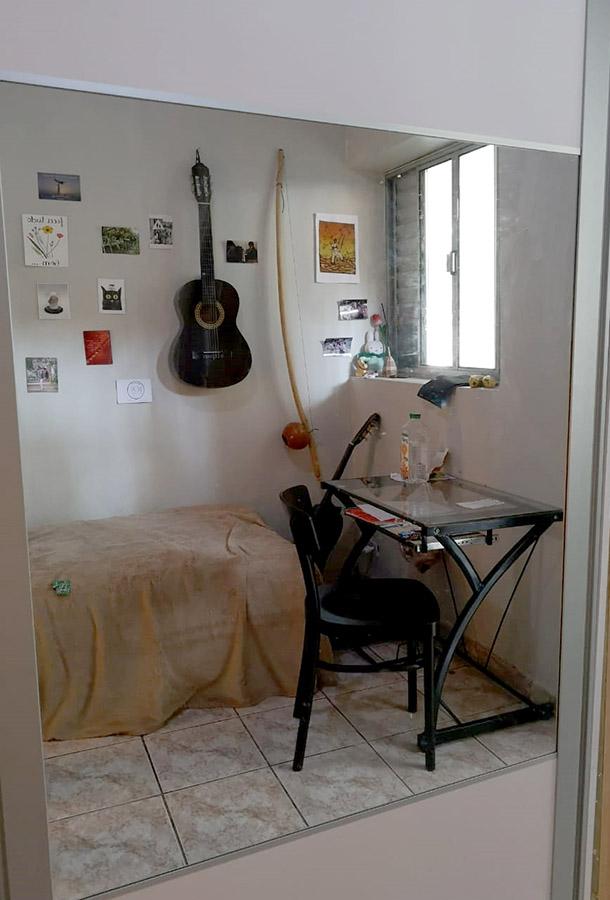 Room1-02