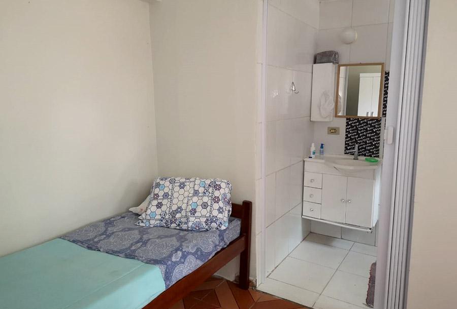 Room3-04
